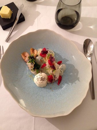 Restaurant Origine : Entrée langoustine fenouil framboise
