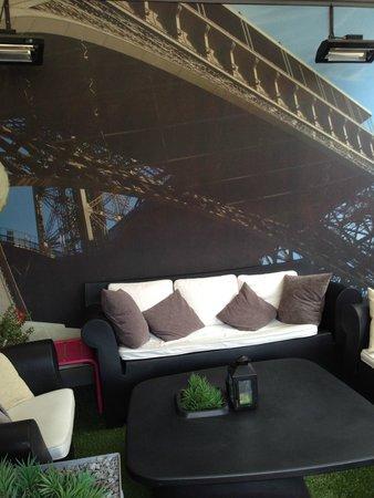 Hotel 7 Eiffel: Roof Garden