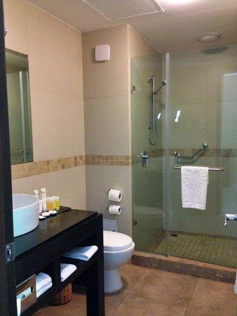 Luxury Bahia Principe Sian Ka'an : Bathroom