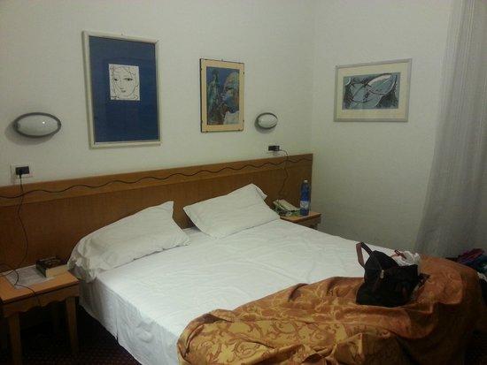 Hotel Nuova Italia: notre chambre