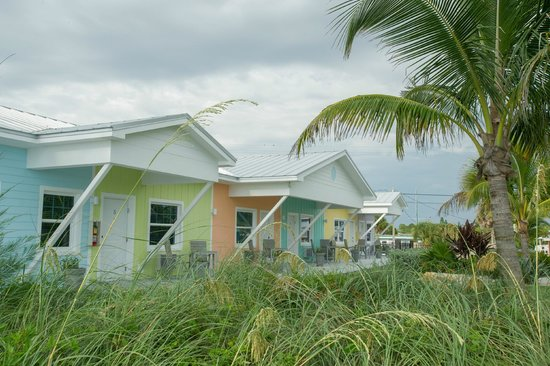 Bentley's Boutique Hotel, BW Premier Collection : Beach huts at Casey Key