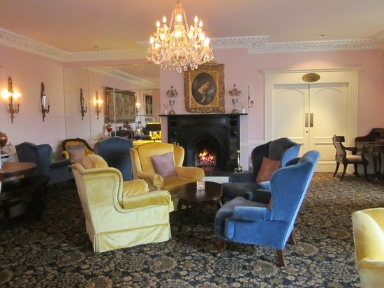 Randles Hotel: Lounge