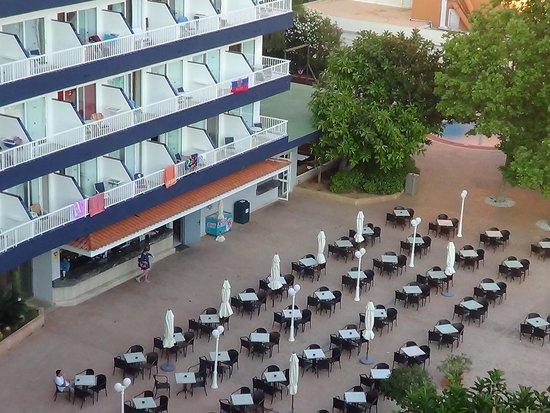HSM Atlantic Park: foto do hotel tirada do meu quarto virado para a piscina