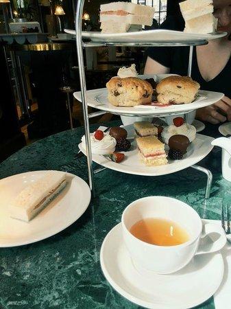 Browns Brasserie & Bar: Afternoon Tea