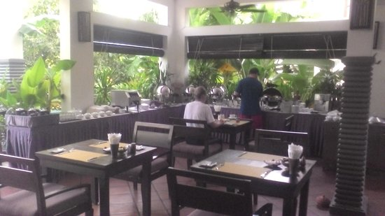 Diamond D'Angkor Boutique: 朝食レストランです
