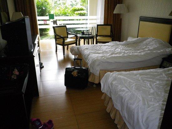 Xinyinzhan Hot Spring Holiday Resort: 部屋内部