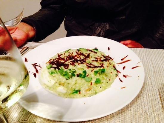 Chic'n Quick Trattoria Moderna: risotto agli asparagi,crostini di grana e balsamico