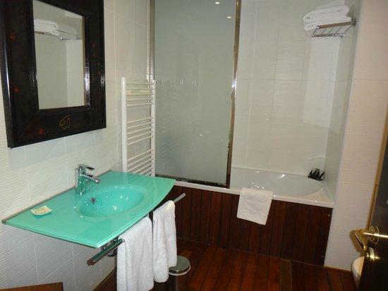 3.14 Hotel: bagno asia