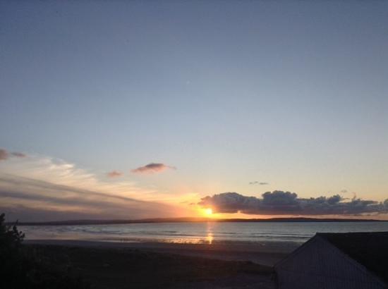 Waterfront House: beautiful sunset