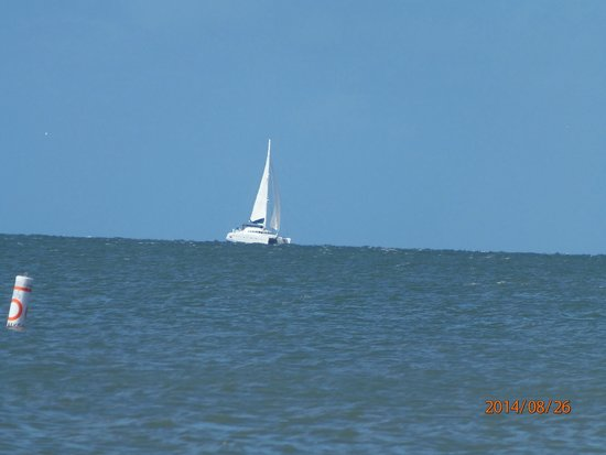 Fort Myers Beach : Sailboat on the Gulf