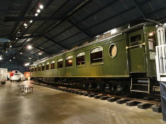 The Ringling: John Ringlings personal train-car
