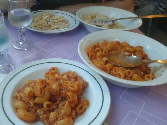 Spaghetteria Macaroni : ragù di carne e salsiccia
