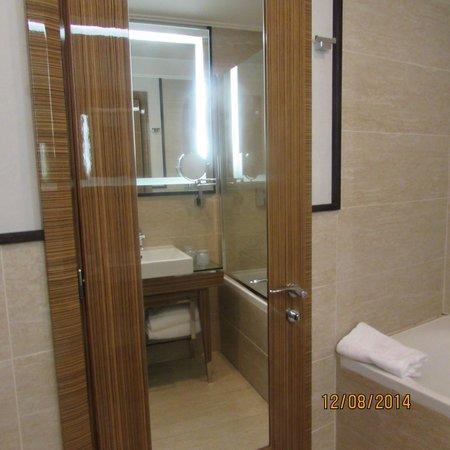 UNA Hotel Roma: quarto