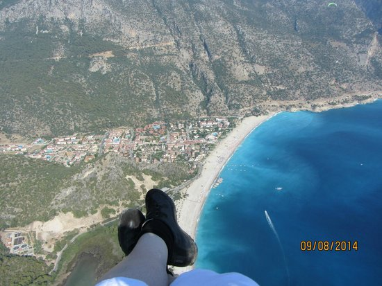 Sky Sports paragliding: Feet