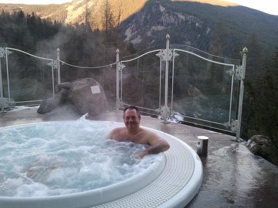 Mountain Spa Resort Hotel Albion: Idromassaggio all'aperto