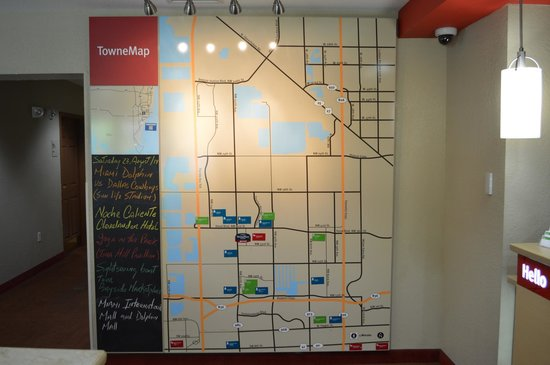 TownePlace Suites Miami Airport West/Doral Area: towne map in the lobby
