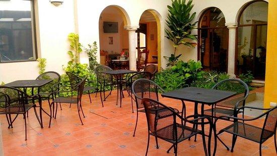 Hotel Maison del Embajador : TERRAZA