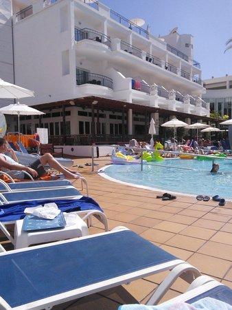 Sunwing Fanabe Beach: pool