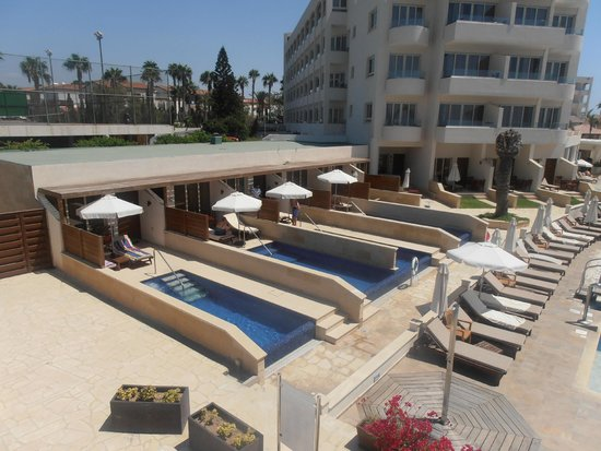 Alexander The Great Beach Hotel: Private Suites
