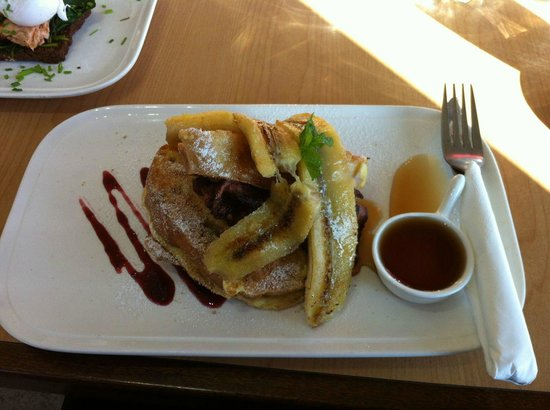 Fava: Delicious French Toast