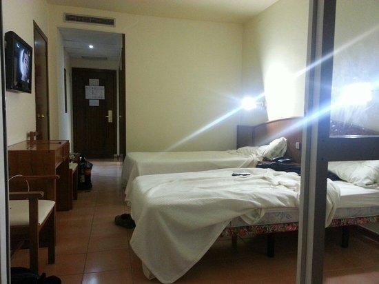 Hotel Marinada: Chambre