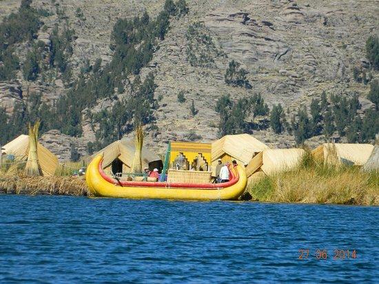 Ilhas de Uros: bote