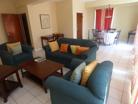 Mandeville Hotel: living area of suite