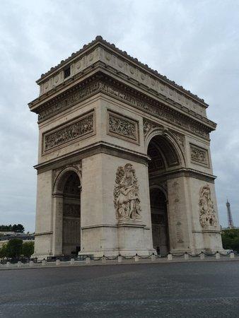 Hôtel Cécilia Paris Arc de Triomphe : Étoile - Mac Mahon - Paris