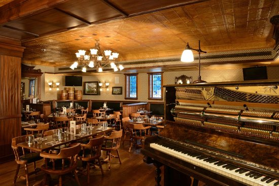 The Golden Bee: Dining Room