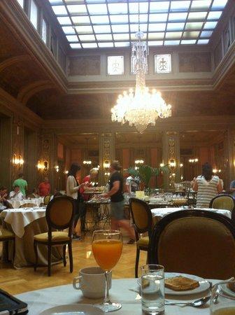 Grand Hotel et Des Palmes : sala degli specchi (colazione)