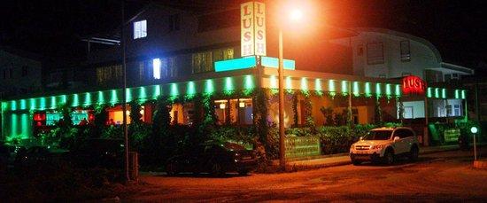 Lush Restaurant Bar