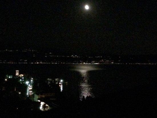 Hotel Villa del Sogno: Night from Tower Suite terrace