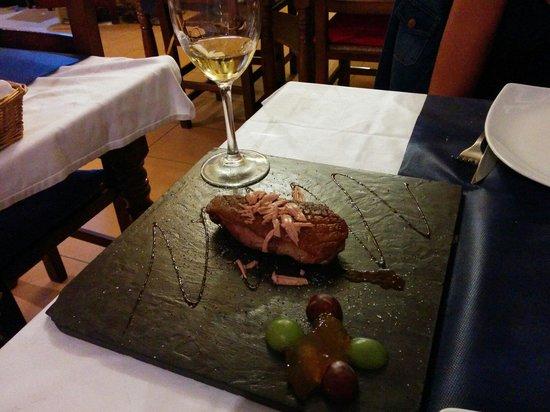 Sa Caleta : Magret de pato con foie