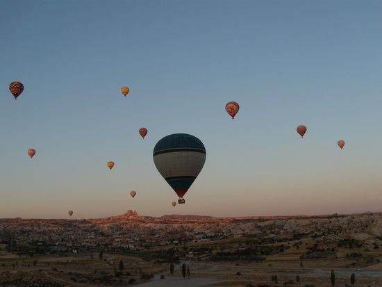 Goreme Balloons: Todos los globos en el cielo