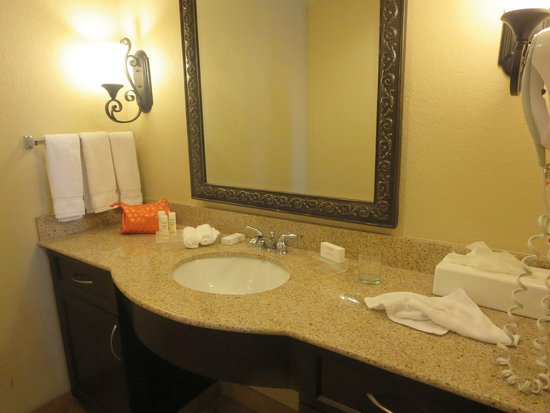 Homewood Suites by Hilton Las Vegas Airport: vanity and sink with plenty of room for toiletries