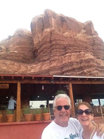 Twin Rocks Trading Post: The attraction in Bluff Utah!