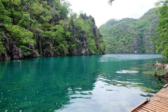 Kayangan Lake : Wonderful lake to swim in.