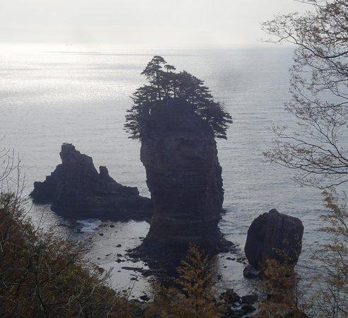 Sannoiwa: 三王岩