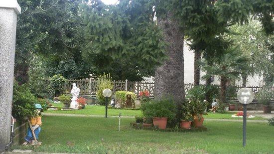 I Fiori di Malpensa: giardino