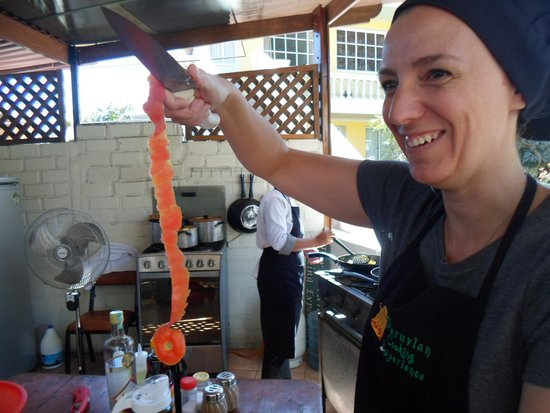 Peruvian Cooking Experience: Americana mostra jeito