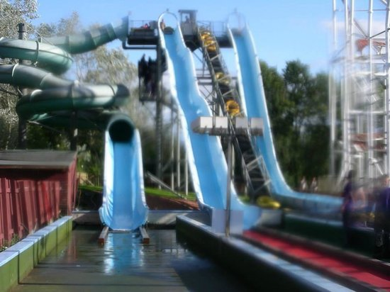 M & D's Scotlands Theme Park: water slides