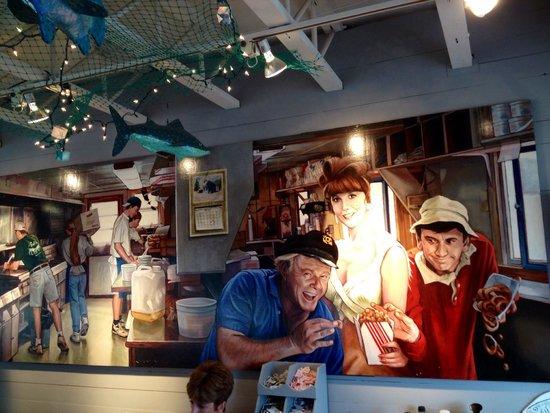 Bob's Clam Hut: Mural at Bob's