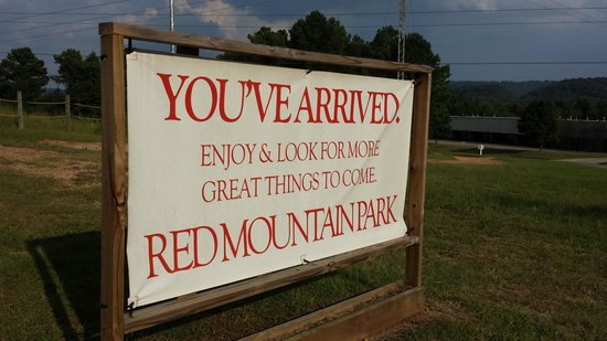 Red Mountain Park: entrance