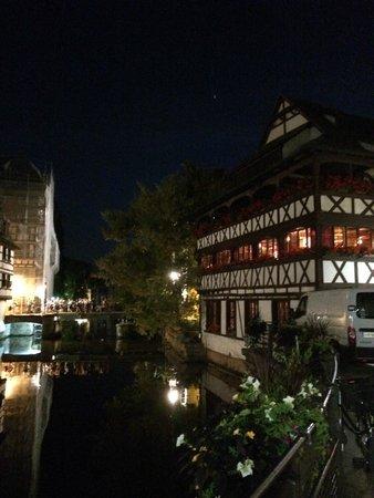 Régent Petite France & Spa : Strasbourg at night