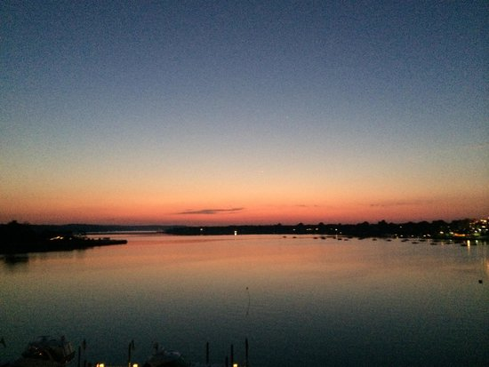 Oyster Point Hotel : Sunrise from the terrace
