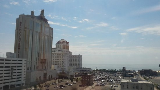 Courtyard Atlantic City : From hall 8th floor