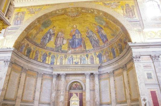 Abbazia di San Paolo fuori le Mura : Mosaics