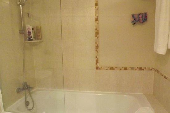 Dreams Punta Cana Resort & Spa: Bath