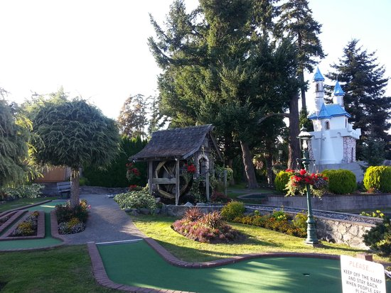 Blenkinsop Valley Adventure Golf