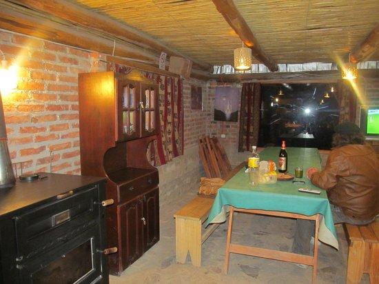 Waira Hostel: Comedor agradable